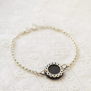 Small Lace Circle Bracelet